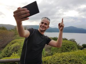 Selfie vor Fuji - darf in keinem Reisebericht Japan fehlen